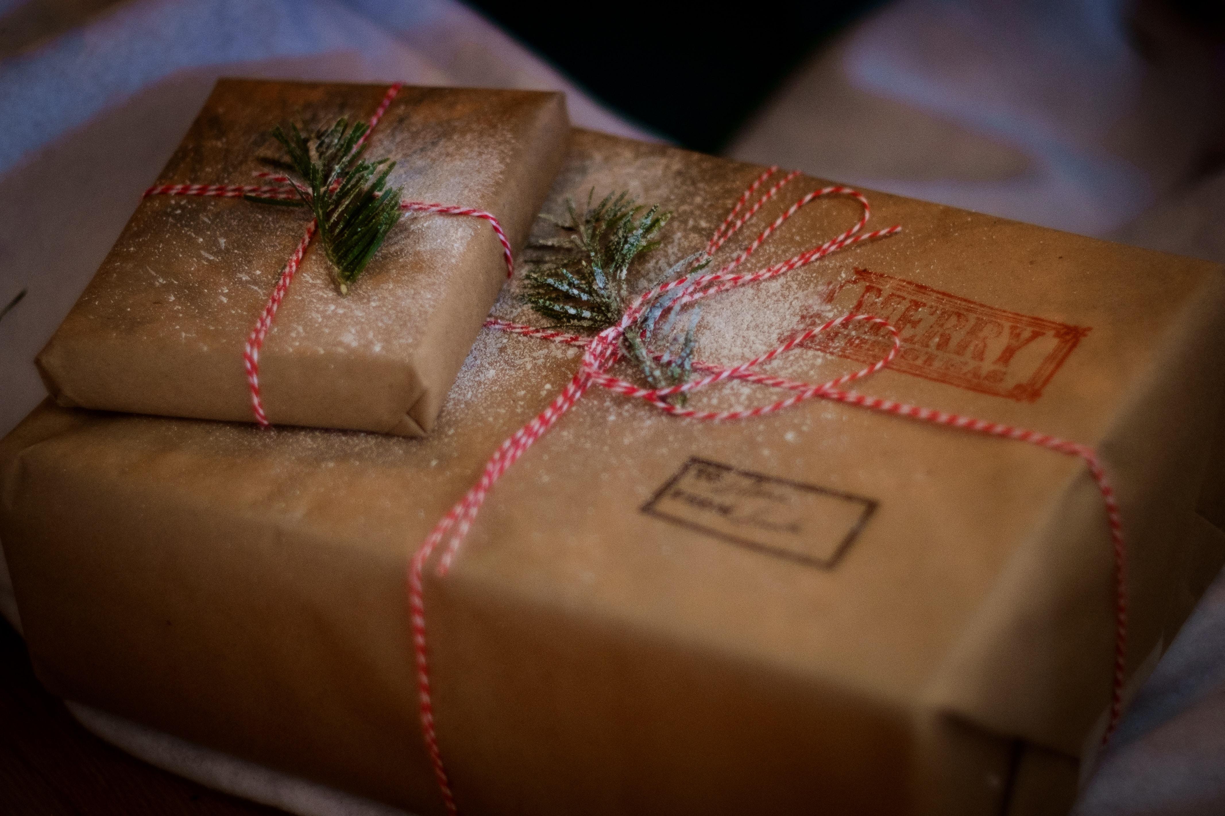 küldj ajándékba fotónaptárat postán